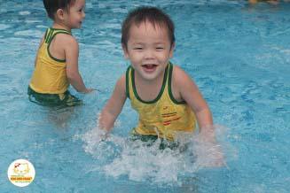 Lớp học bơi CS 3 Quận 9
