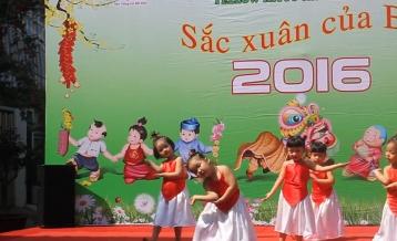Tiết mục múa Em chúc Xuân - lớp Mickey 2 - CS2